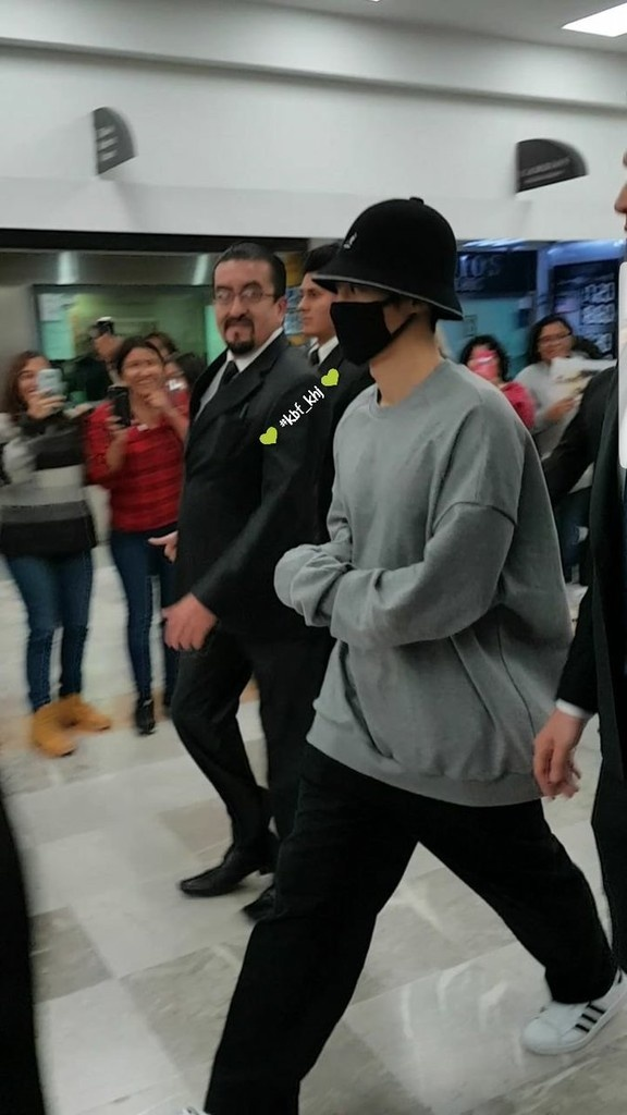 (KHJ arrival in Mexico City (4