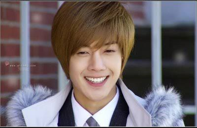Vote for Kim Hyun Joong World Star Popularity