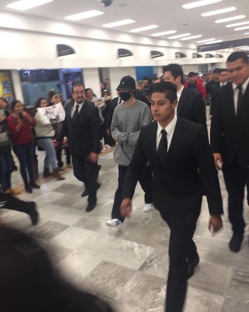 (KHJ arrival in Mexico City (3