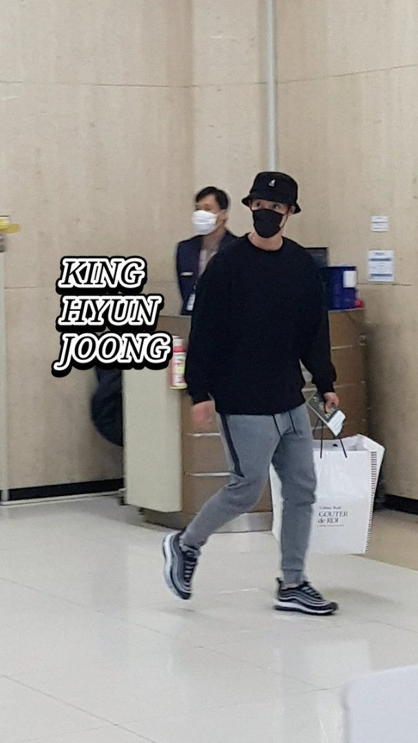 (KHJ arrived at Gimpo Airport (5