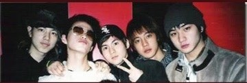 (KHJ Pictures with his friends taking on January 2012 (3
